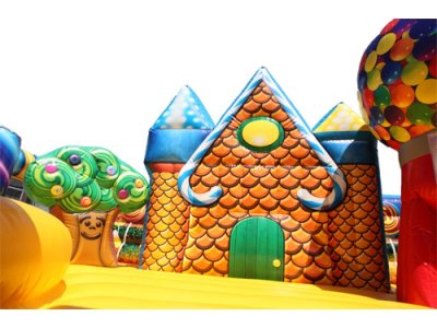 Candy Play Land Ginger House