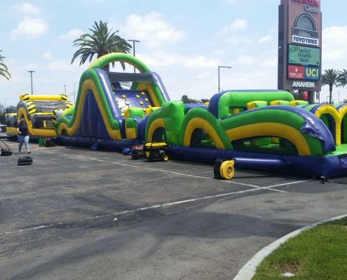 The Radical Run Obstacle Course Rental. Great for family reunions, school events, festivals, and team building